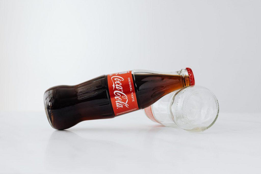 Coca Cola staat bekend om goede branding en hun slogan 'Taste the feeling'